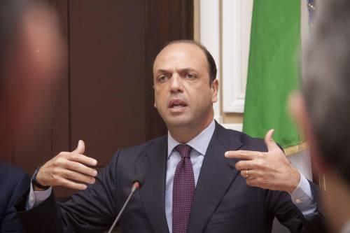 """L'ultimatum di Alfano a Letta: """"Realizzare programma o non si va avanti"""""""