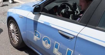 Padova, poliziotto uccide la moglie e si spara