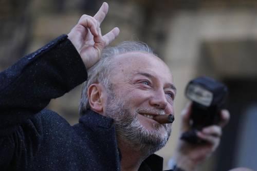 """Londra, Galloway: """"Paghiamo al-Qaeda per fare lo stesso in siria"""""""