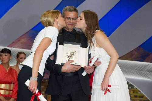 L'amore lesbo eccita Cannes Polanski e Douglas delusi