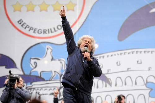 """M5S, Grillo attacca i malpancisti: """"Siete i nuovi Scilipoti"""""""