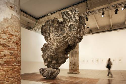 Biennale, che delusione il Padiglione Italia spento e grigio come un cimitero