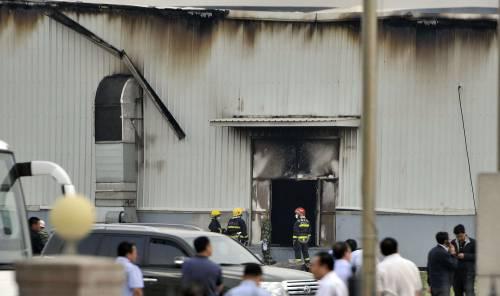 Tragedia in Cina, rogo nell'allevamento di polli: oltre 112 morti