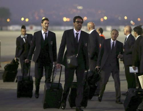 Gli Azzurri arrivano all'aeroporto di Rio de Janeiro