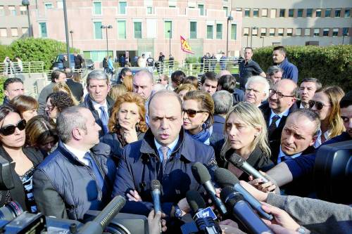 """Il Pdl fa autocritica e riparte: """"Pronto un nuovo partito"""""""