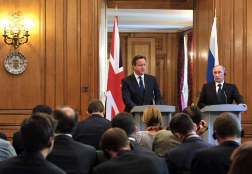 Putin incontra Cameron prima del G8 irlandese