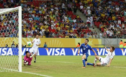 Calcio spettacolo in Brasile: Italia-Giappone 4-3