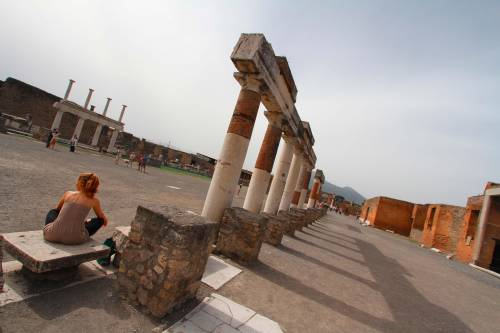 Pompei, ispezioni della Dia contro infiltrazioni camorristiche