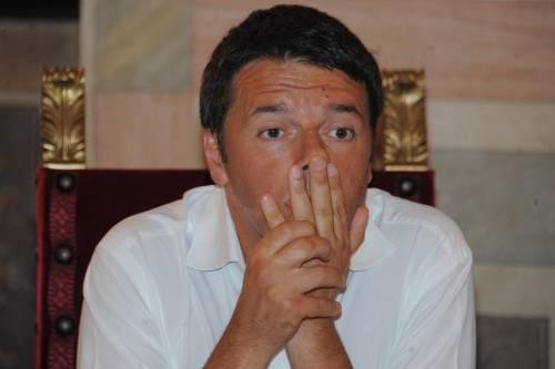 Renzi a cuccia col governo Ma prende a schiaffi il Pd