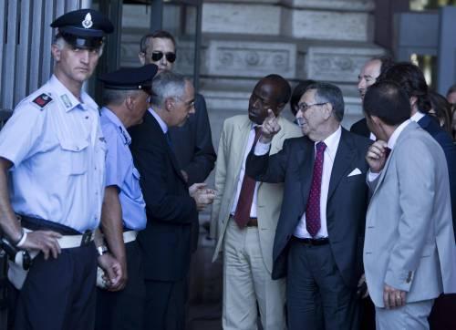 L'avvocato Franco Coppi all'uscita della Cassazione