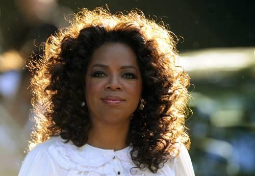 "Zurigo, negano una borsa a Oprah Winfrey. ""Per lei è troppo cara"""