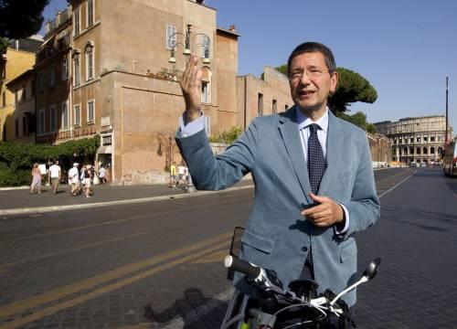 """Debiti, Marino chiede una mano al governo: """"Roma non può fallire"""""""