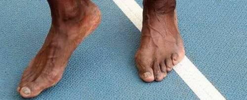 I velocissimi piedi di Usain Bolt