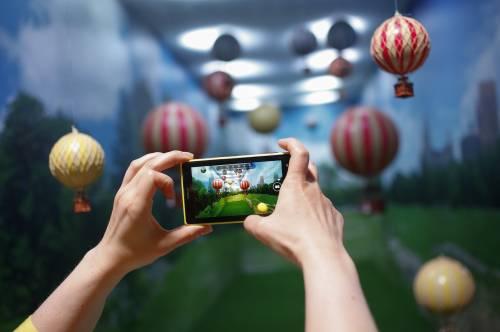 Microsoft accelera sul mobile: si prende la telefonia di Nokia