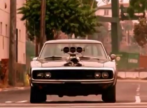 La Dodge Charger 1970, nessuna è meglio di lei. Da fare a pezzi...