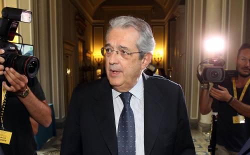 """Saccomanni minaccia: """"Se il governo cade, non ci sarà la ripresa"""""""