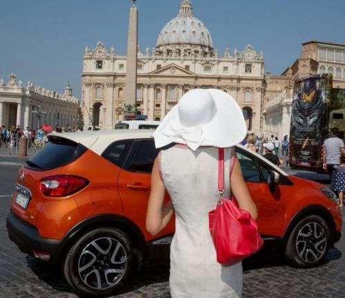 Con «Urban storytellers» scatti di cittàMostra di foto promossa da Renault