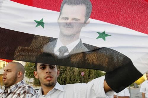 Armi chimiche, la Siria ribadisce ok ai russi. La Francia interpella l'Onu