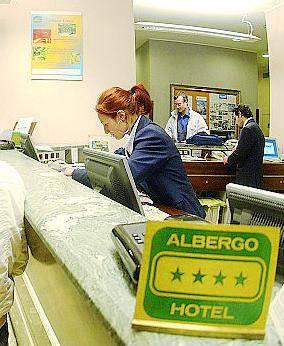 Un euro al giorno per i bimbi Lite sulla tassa di soggiorno