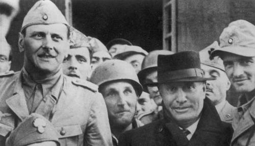 Fascismo, un romanzo finito in farsa