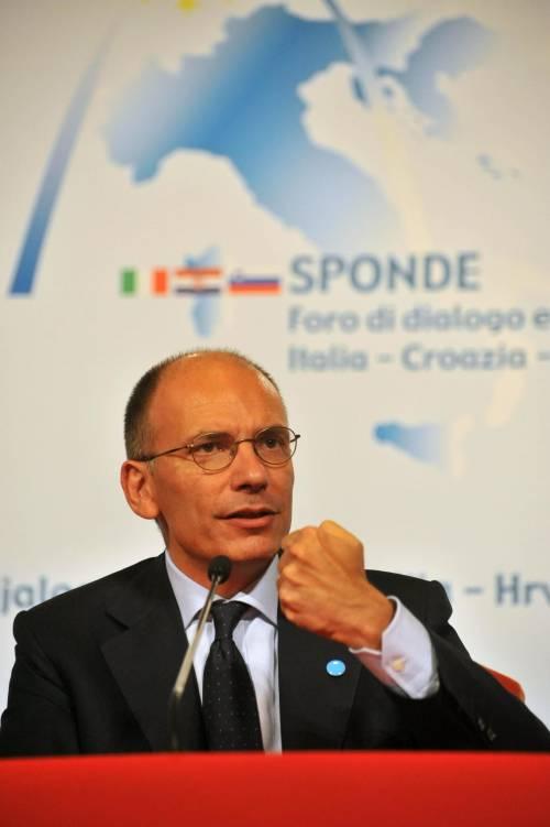 Pisa contro Firenze: derby di sfottò premier-sindaco