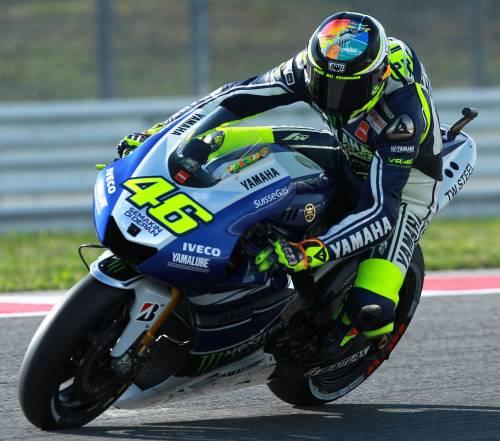 MotoGp, Lorenzo vince su Marquez. Doppia sconfitta per Rossi