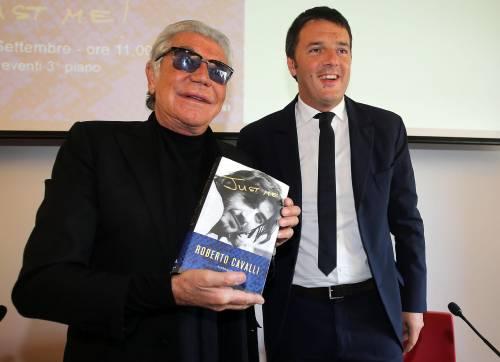 """Dal giaguaro al leopardo Matteo """"sfila"""" per Cavalli"""