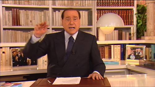 """Il videomessaggio di Berlusconi: """"Scendete in campo"""""""