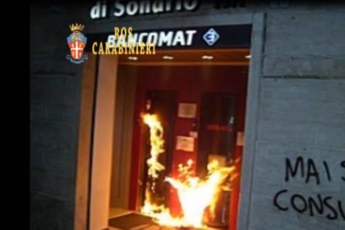 """Roma, arrestati due anarchici: """"Evitati altri atti di terrorismo"""""""