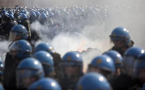 Tav, il governo schiera 200 militari in più a protezione del cantiere