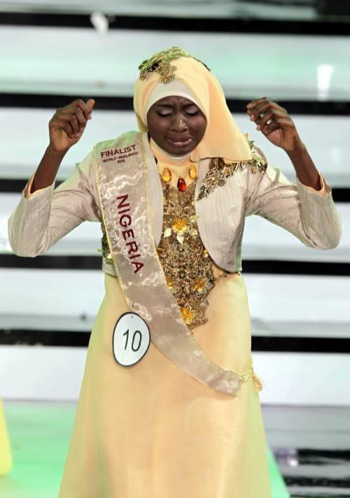 Se la bellezza è velata: una 21enne nigeriana è la Miss Mondo (Musulmana)
