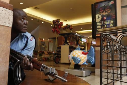 Kenya, sparatoria in un centro commerciale di Nairobi: 30 morti