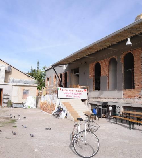 «Capannone, non moschea» ma ora spuntano i minareti