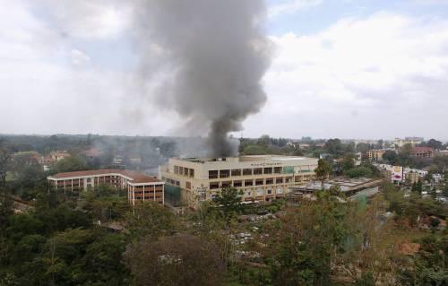 Kenya, blitz delle forze di sicurezza nel centro commerciale