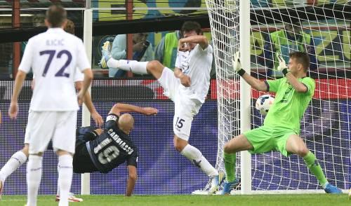 L'Inter soffre ma piega la Fiorentina