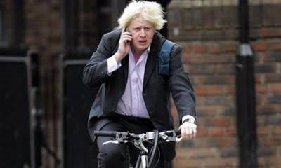 Il sindaco di Londra Boris Johnson pizzicato sbronzo