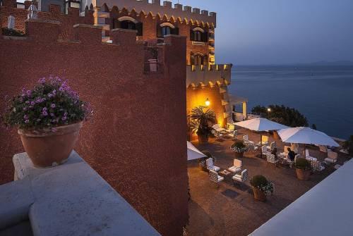 Scegliere un castello come hotel ora va di moda anche in Italia