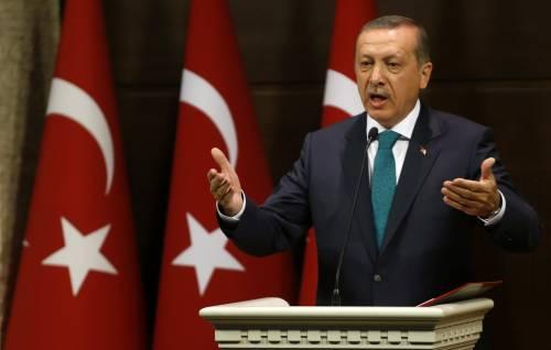 Turchia, Erdogan annuncia nuove riforme. Via divieti sul velo islamico