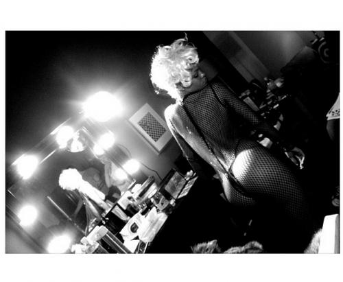 Rihanna, che pin up!