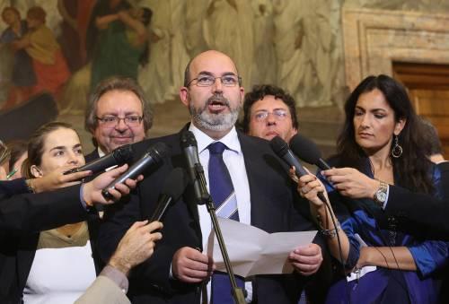 """Il senatore Crimi si confessa: """"Ho votato Rifondazione e An"""""""