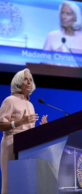 Il Fmi lancia l'allarme e taglia le stime sull'Italia Tria: previsioni sbagliate
