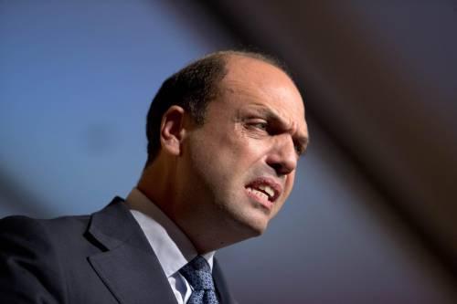 """Alfano pugnala il Cavaliere: """"Non aderiamo a Forza Italia"""""""