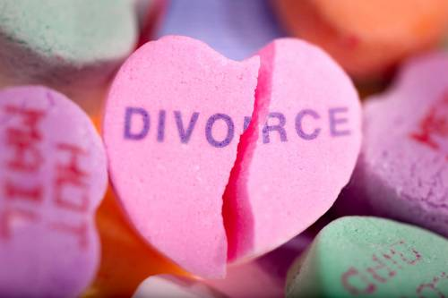 All'estero per divorziare: tempi rapidi e costi bassi