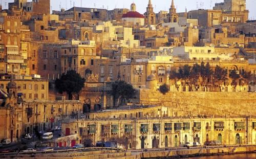 Scandalo Malta, 650mila euro per farsi il passaporto europeo