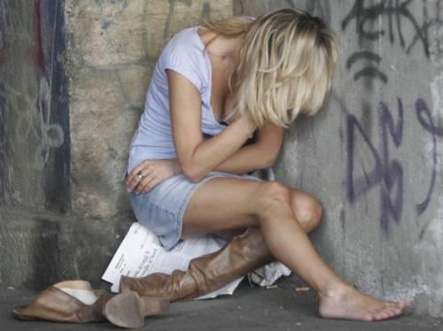 Roma, orrore in centro: 16enne violentata