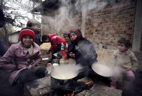 Siria, Onu lancia l'allarme bambini: profughi al lavoro già dai sette anni