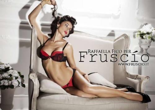 Raffaella Fico super sexy in lingerie 2