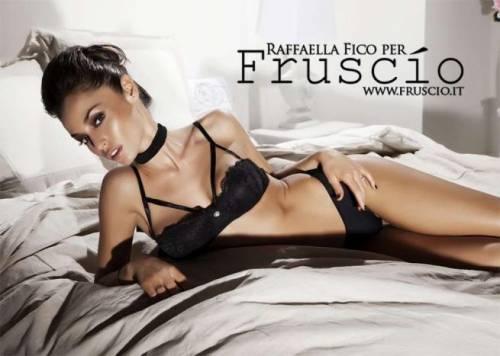 Raffaella Fico super sexy in lingerie 11