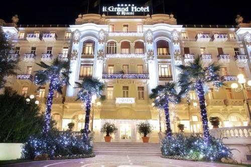 """Natale e Capodanno, feste tra le """"stelle"""" dei Select Hotels"""