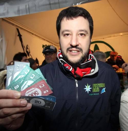 Salvini in piazza: «La Lega vuole cancellare le Prefetture»La manifestazione